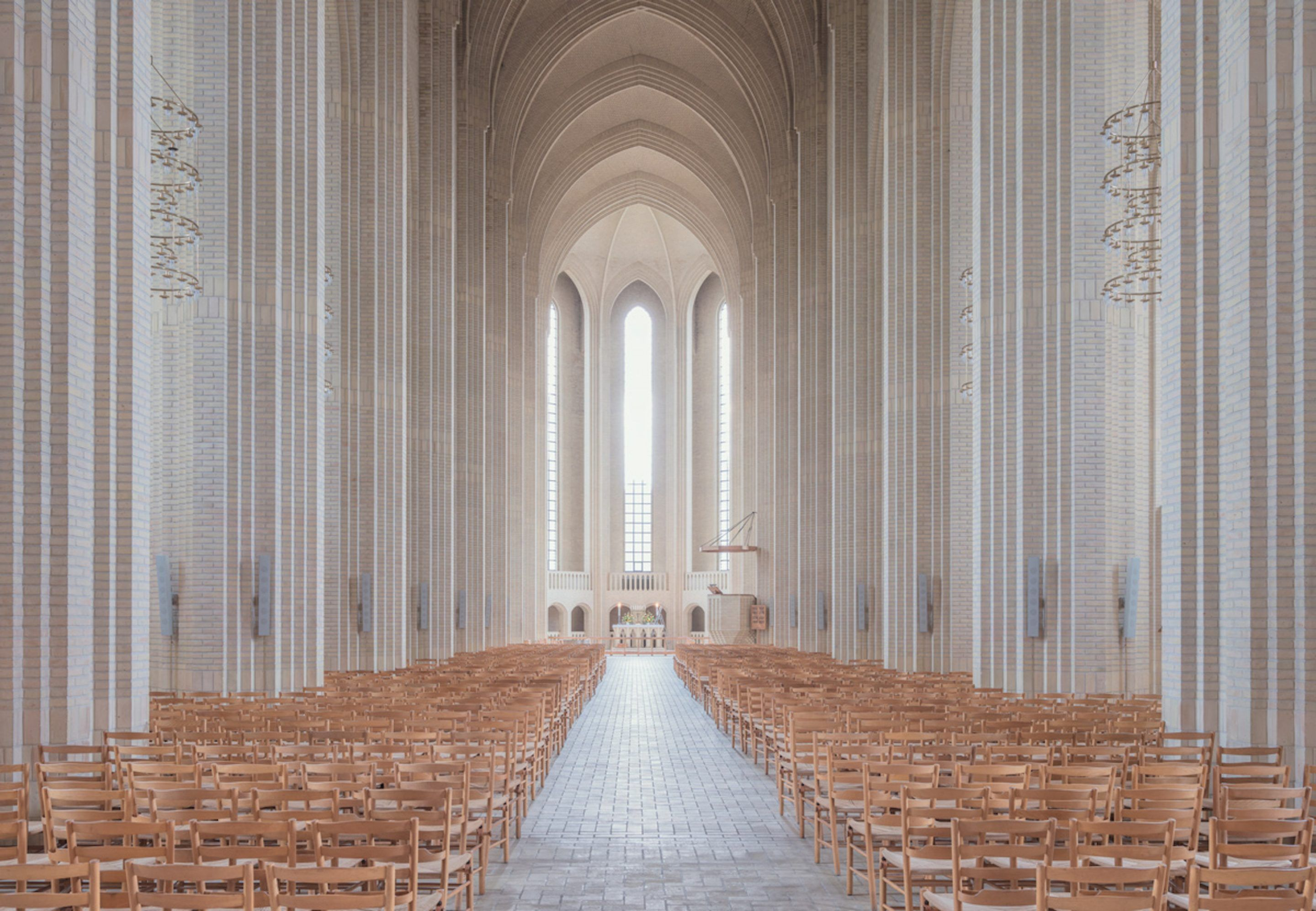 IGNANT-Photography-Ludwig-Favre-Copenhagen-Church-02