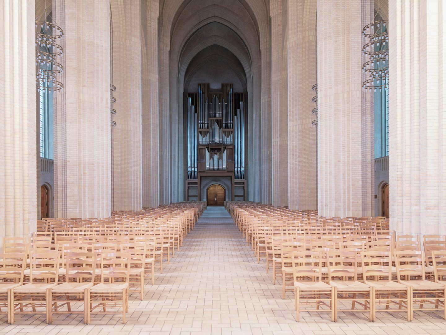 IGNANT-Photography-Ludwig-Favre-Copenhagen-Church-05