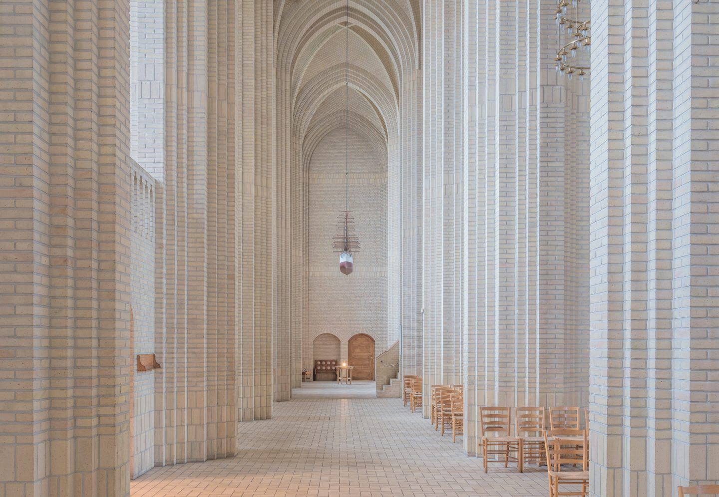 IGNANT-Photography-Ludwig-Favre-Copenhagen-Church-07