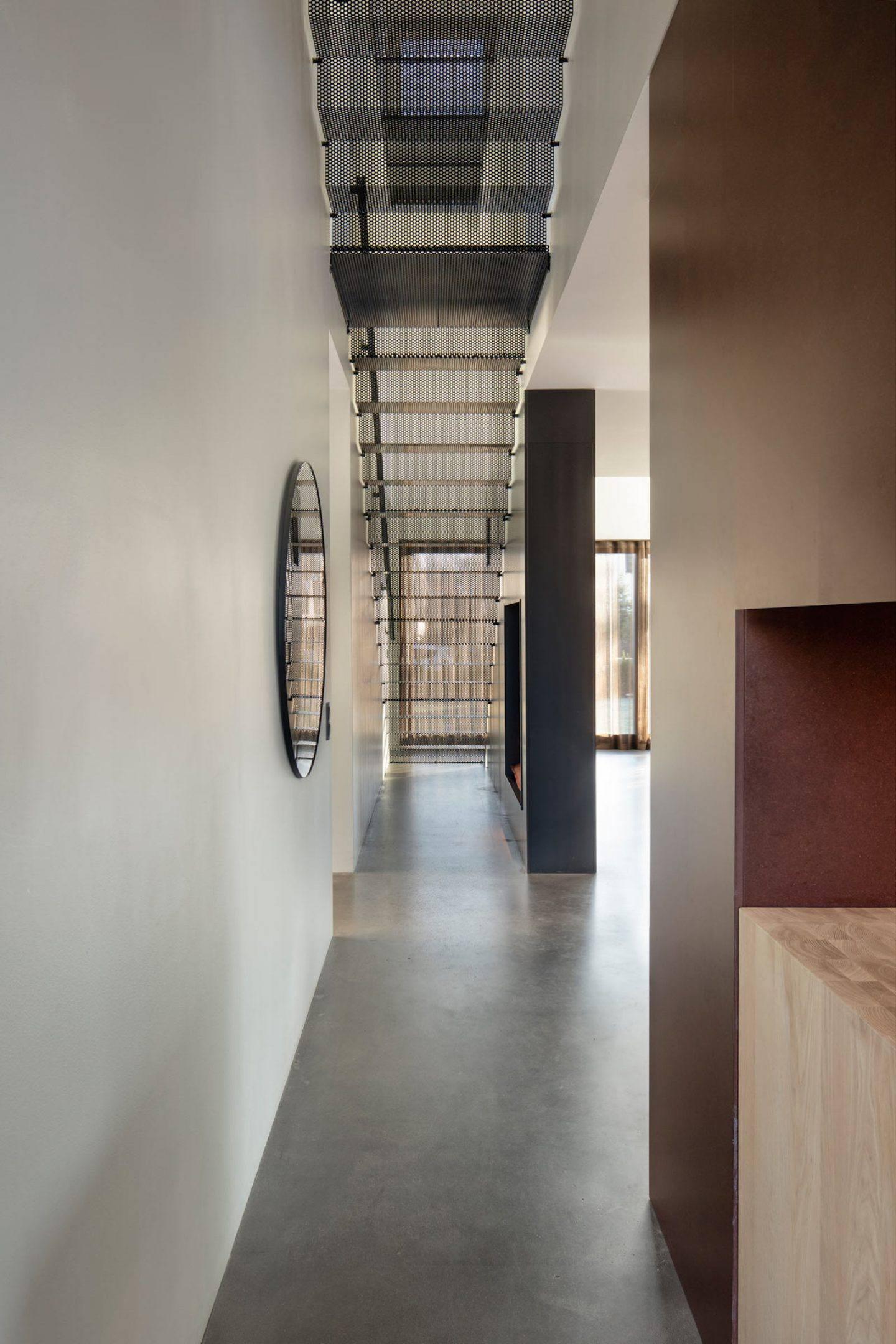 IGNANT-Architecture-Bornstein-Lyckefors-Villa-Amiri-13