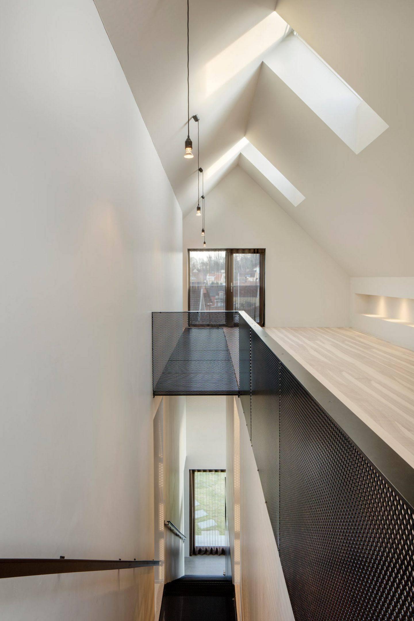 IGNANT-Architecture-Bornstein-Lyckefors-Villa-Amiri-16