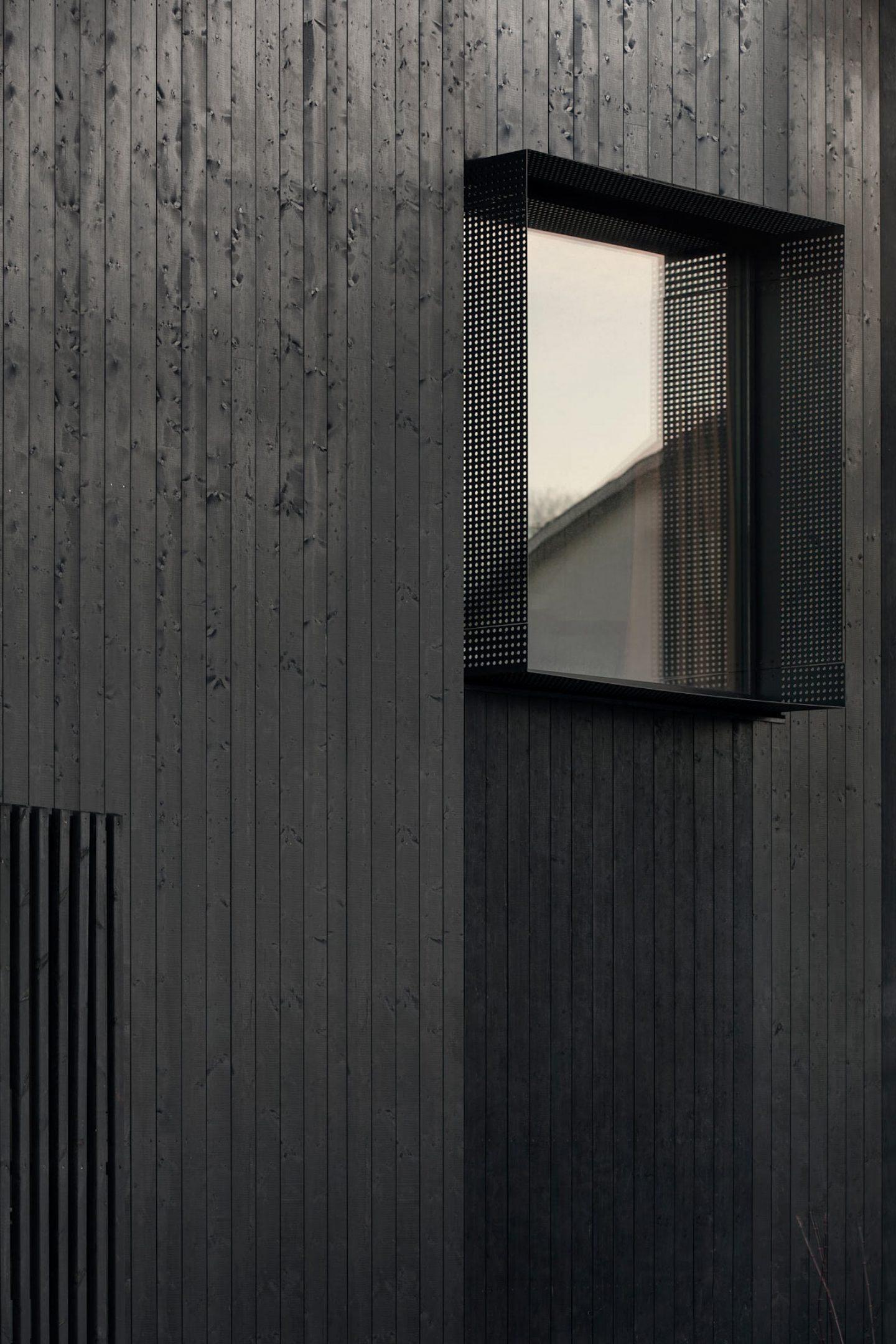 IGNANT-Architecture-Bornstein-Lyckefors-Villa-Amiri-18