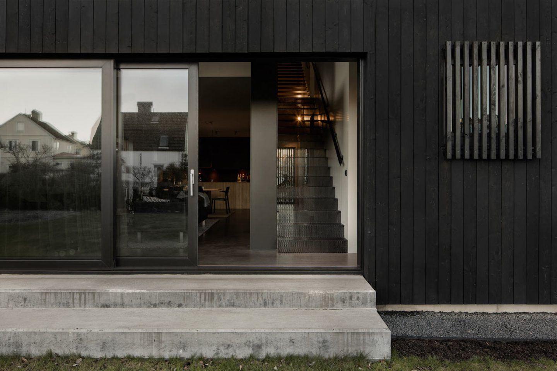 IGNANT-Architecture-Bornstein-Lyckefors-Villa-Amiri-5