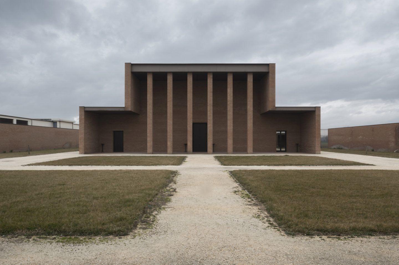 IGNANT-Architecture-Fabio-Bascetta-Tempio-di-Cremazione-07