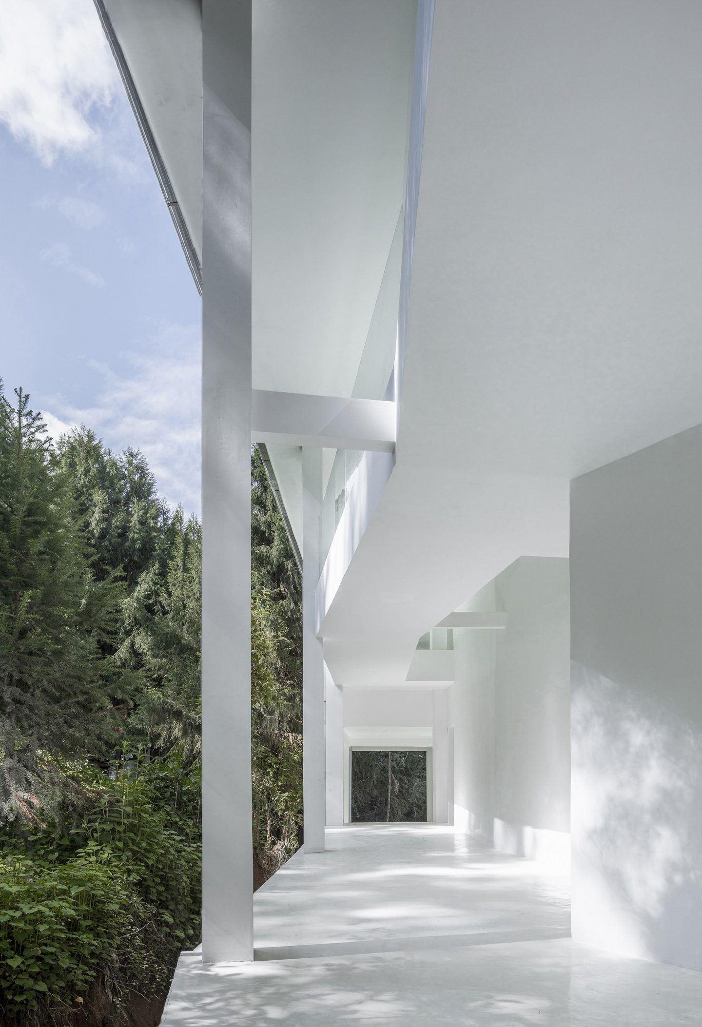 IGNANT-Architecture-Studio-Qi-Annso-Hill-Hotel-012