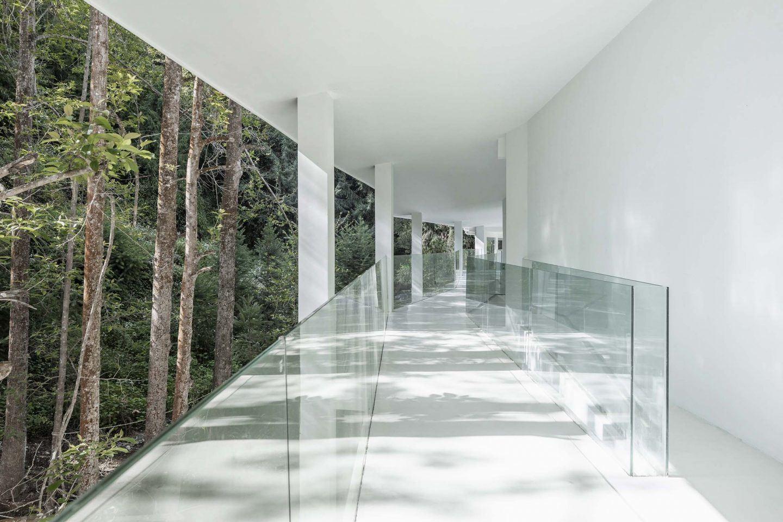 IGNANT-Architecture-Studio-Qi-Annso-Hill-Hotel-07