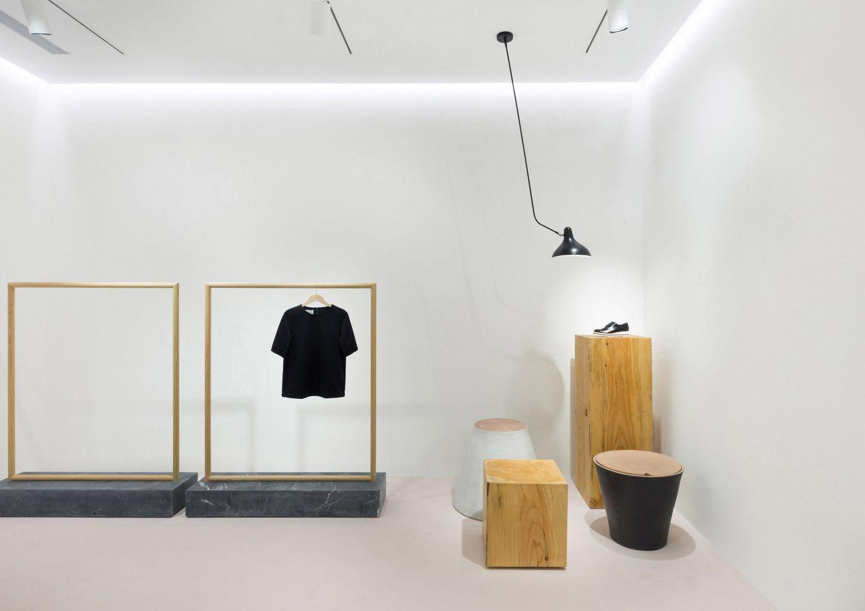 IGNANT-Design-Pensando-en-Blanco-Loreak-03
