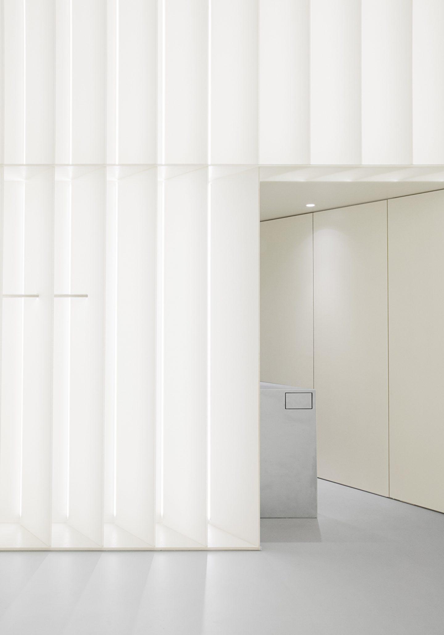 IGNANT-Design-Studio-David-Thulstrup-J-Lindeberg-Flagship-09
