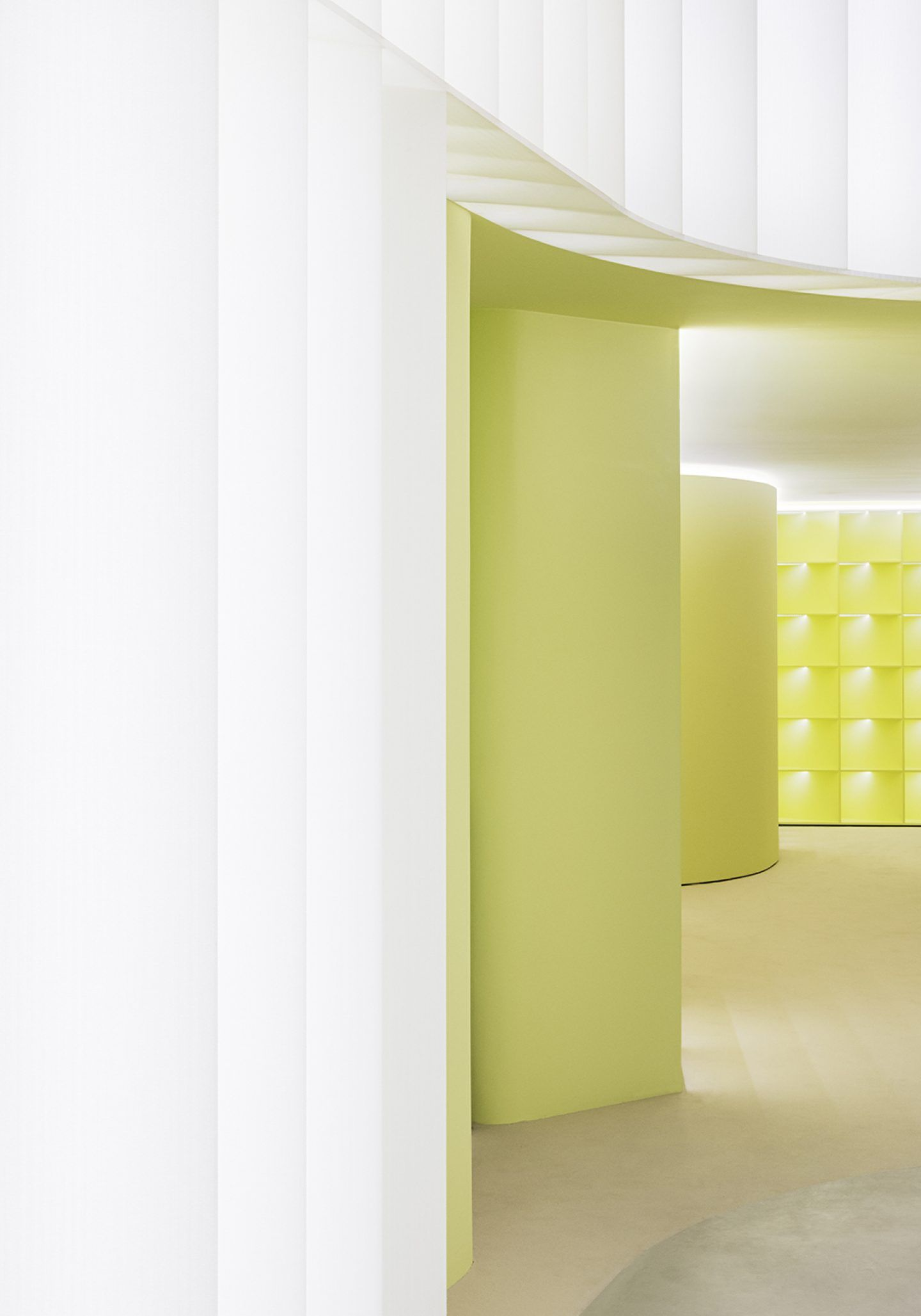 IGNANT-Design-Studio-David-Thulstrup-J-Lindeberg-Flagship-10