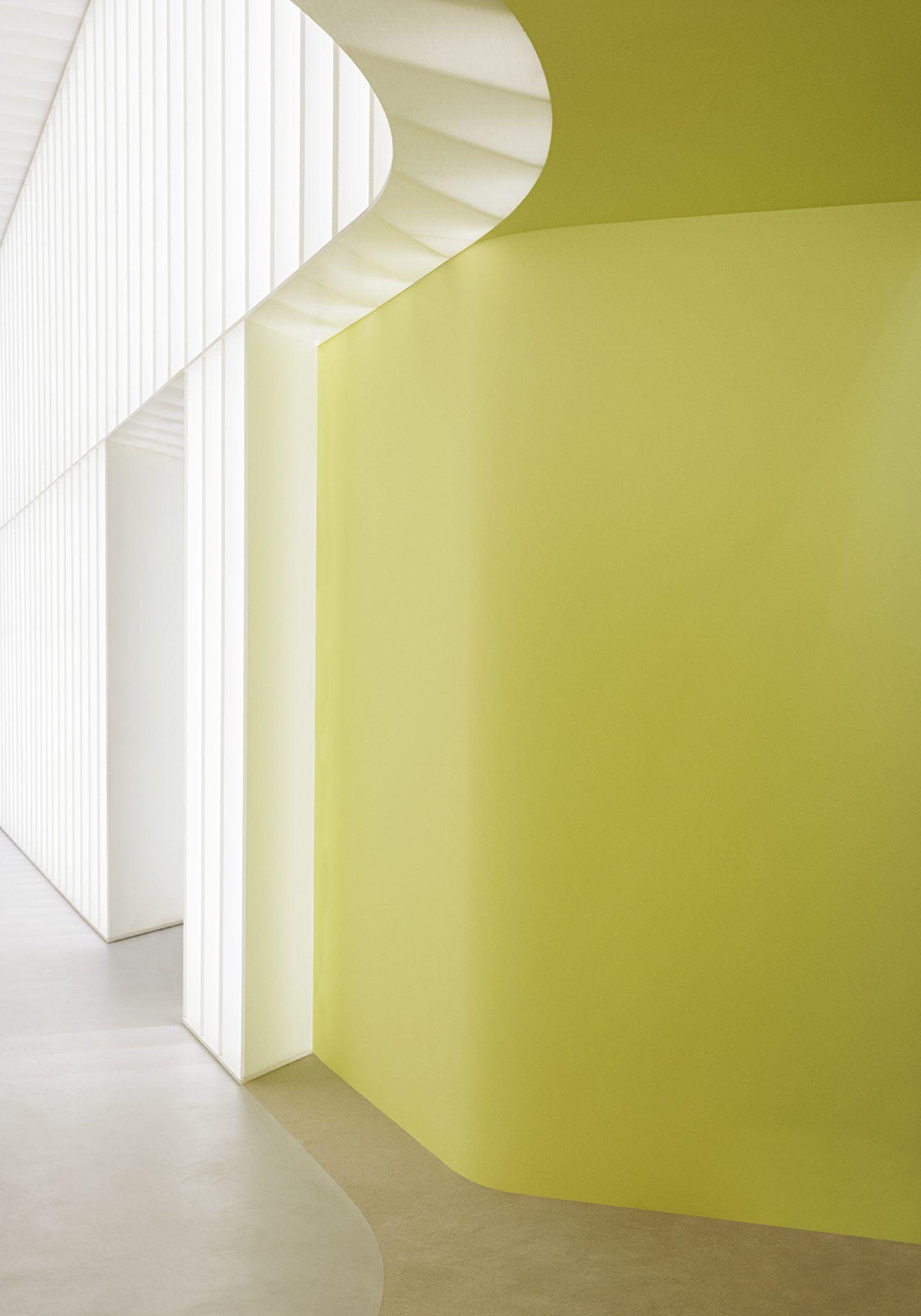 IGNANT-Design-Studio-David-Thulstrup-J-Lindeberg-Flagship-11