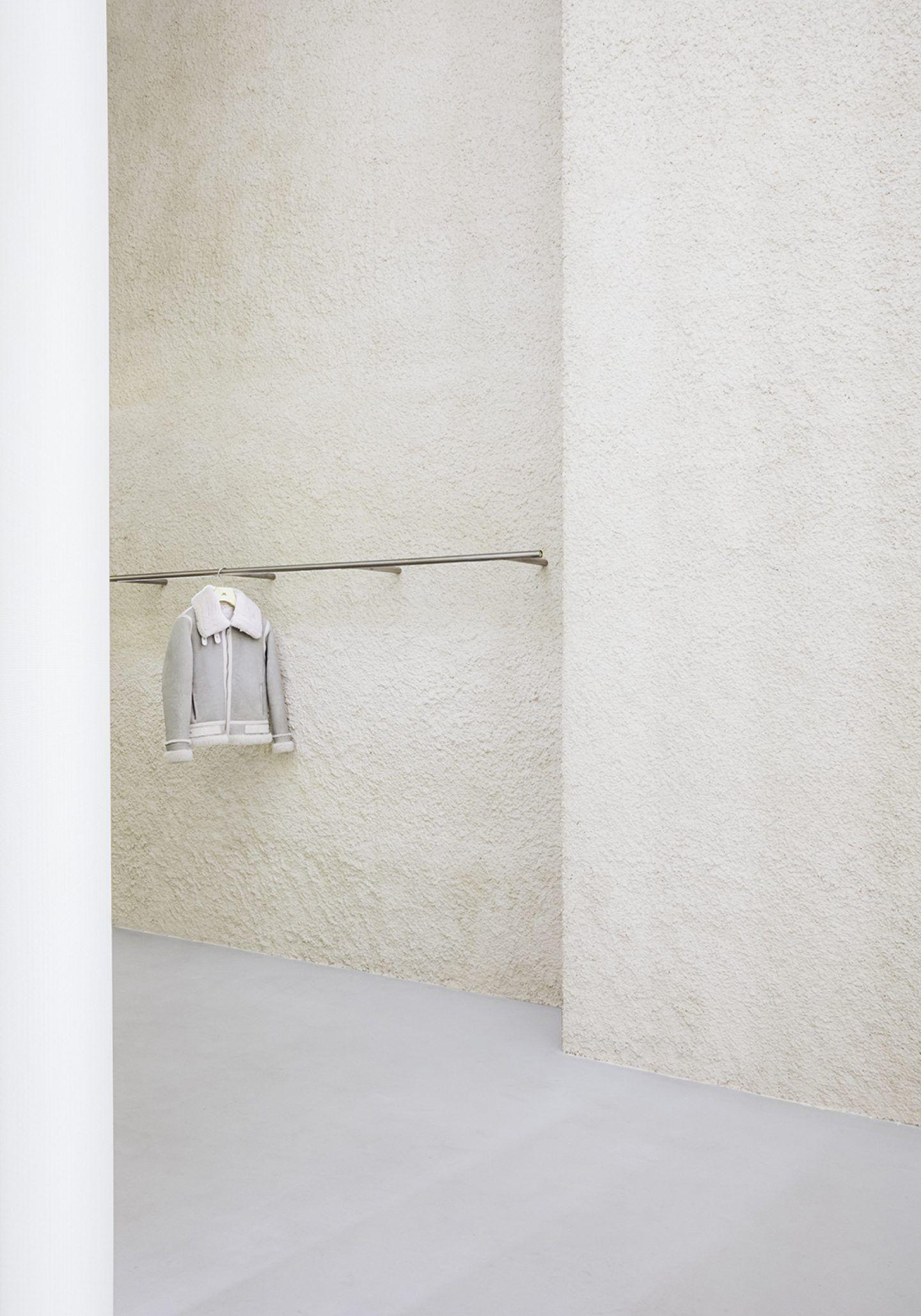 IGNANT-Design-Studio-David-Thulstrup-J-Lindeberg-Flagship-18