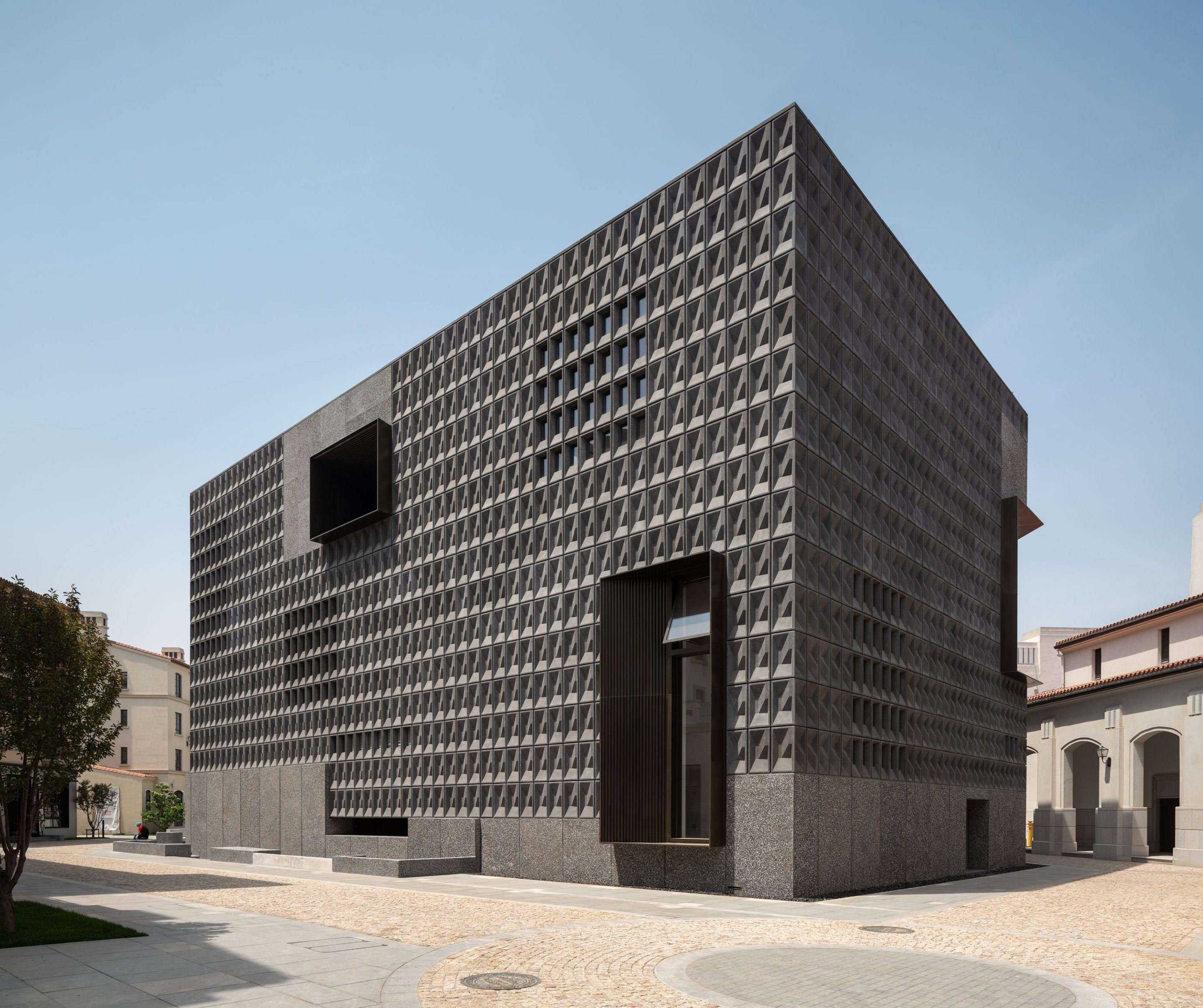 IGNANT-Architecture-Aranya-Art-Center-Neri-Hu-03