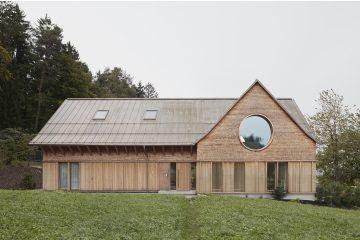 IGNANT-Architecture-Innauer-Matt-Architekten-House-With-Three-Eyes-01