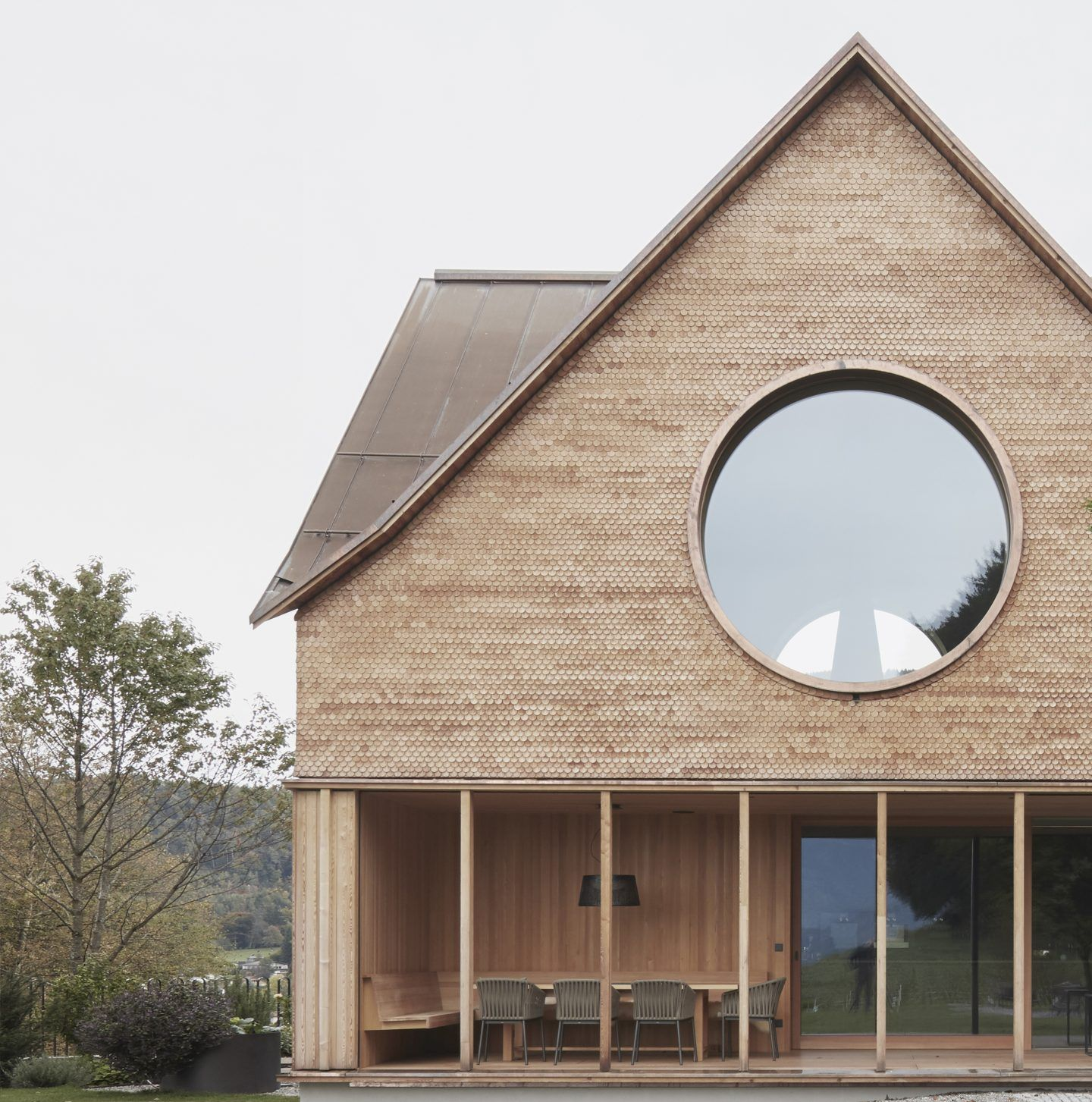 IGNANT-Architecture-Innauer-Matt-Architekten-House-With-Three-Eyes-02