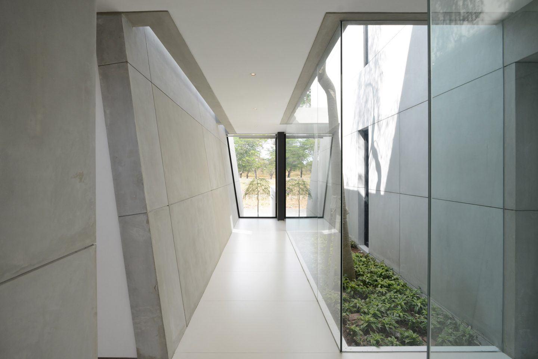 IGNANT-Architecture-Ivan-Priatman-JJ-House-05