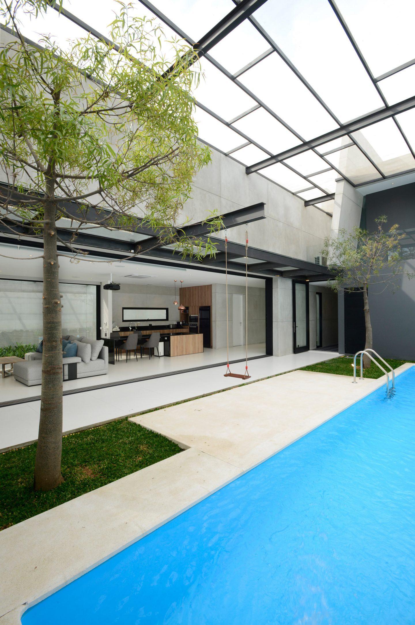 IGNANT-Architecture-Ivan-Priatman-JJ-House-06