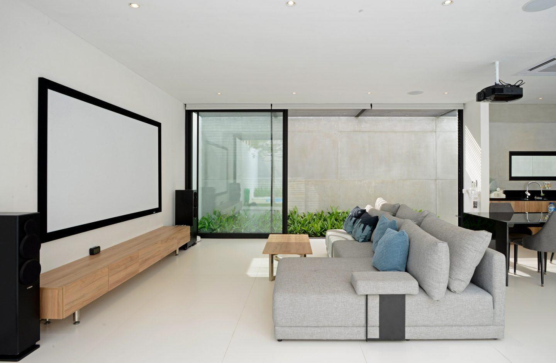 IGNANT-Architecture-Ivan-Priatman-JJ-House-08