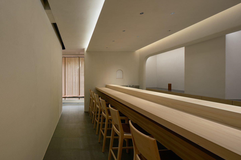 IGNANT-Architecture-Keiji-Ashizawa-Sushi-Mizukami-16