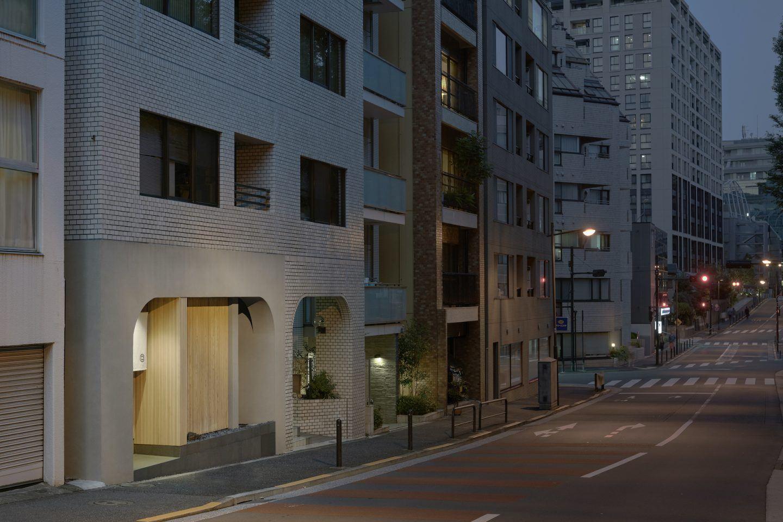IGNANT-Architecture-Keiji-Ashizawa-Sushi-Mizukami-17