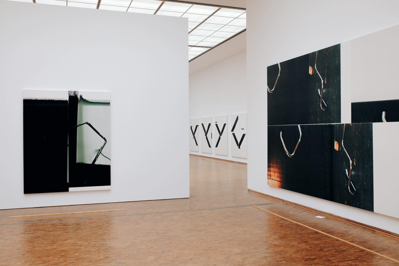 ignant-design-thomas-pirot-wade-guyton-museum-ludwig-15