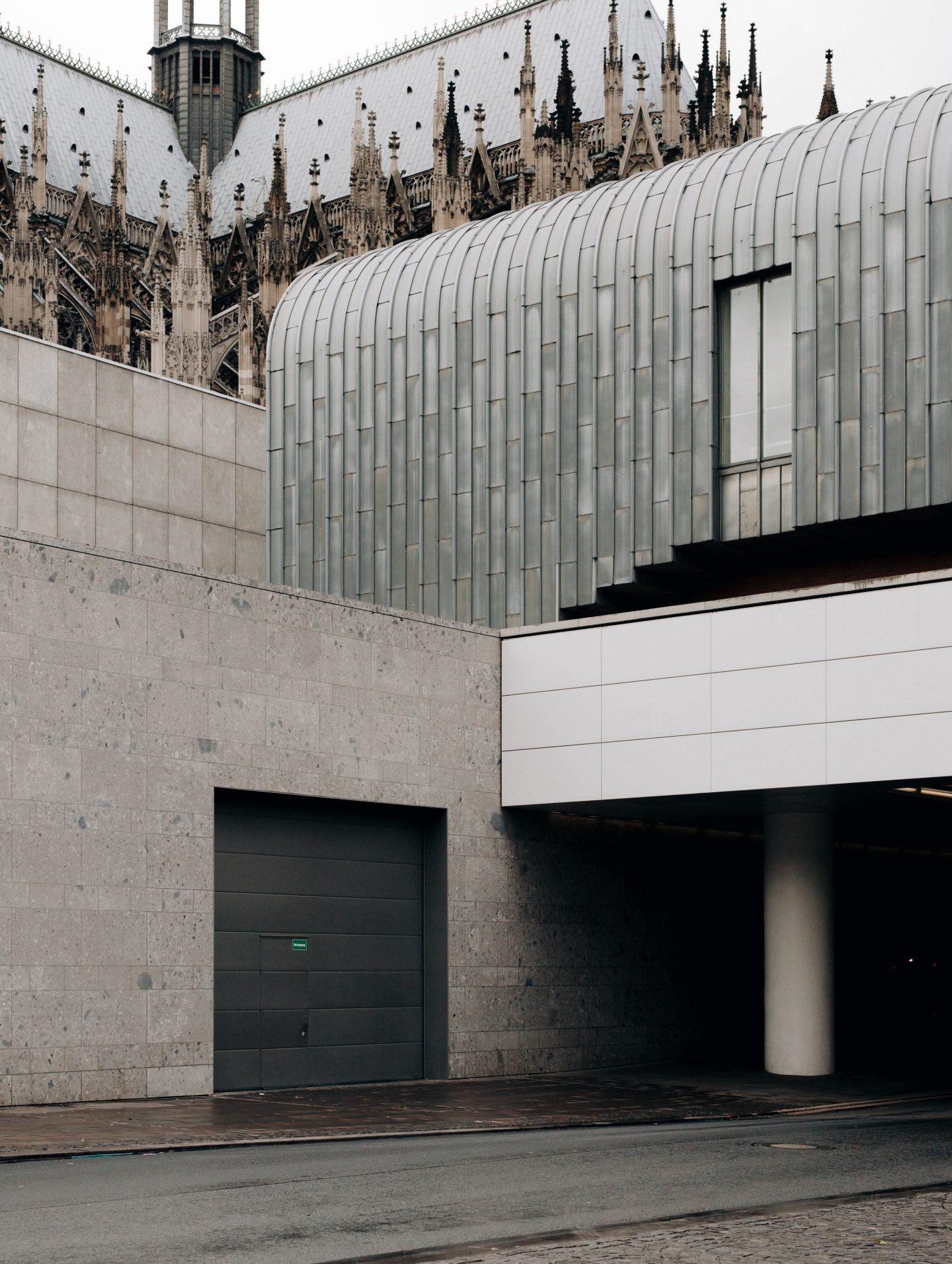 ignant-design-thomas-pirot-wade-guyton-museum-ludwig-3