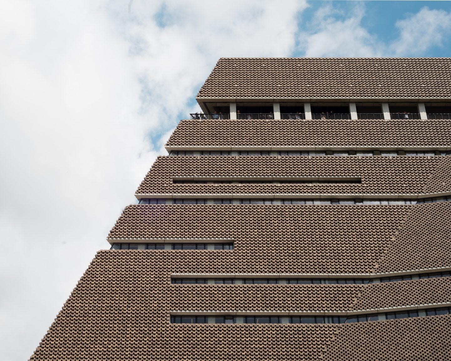 Tate Modern Switch House by Herzog & de Meuron. Copyright Jim Stephenson 2016