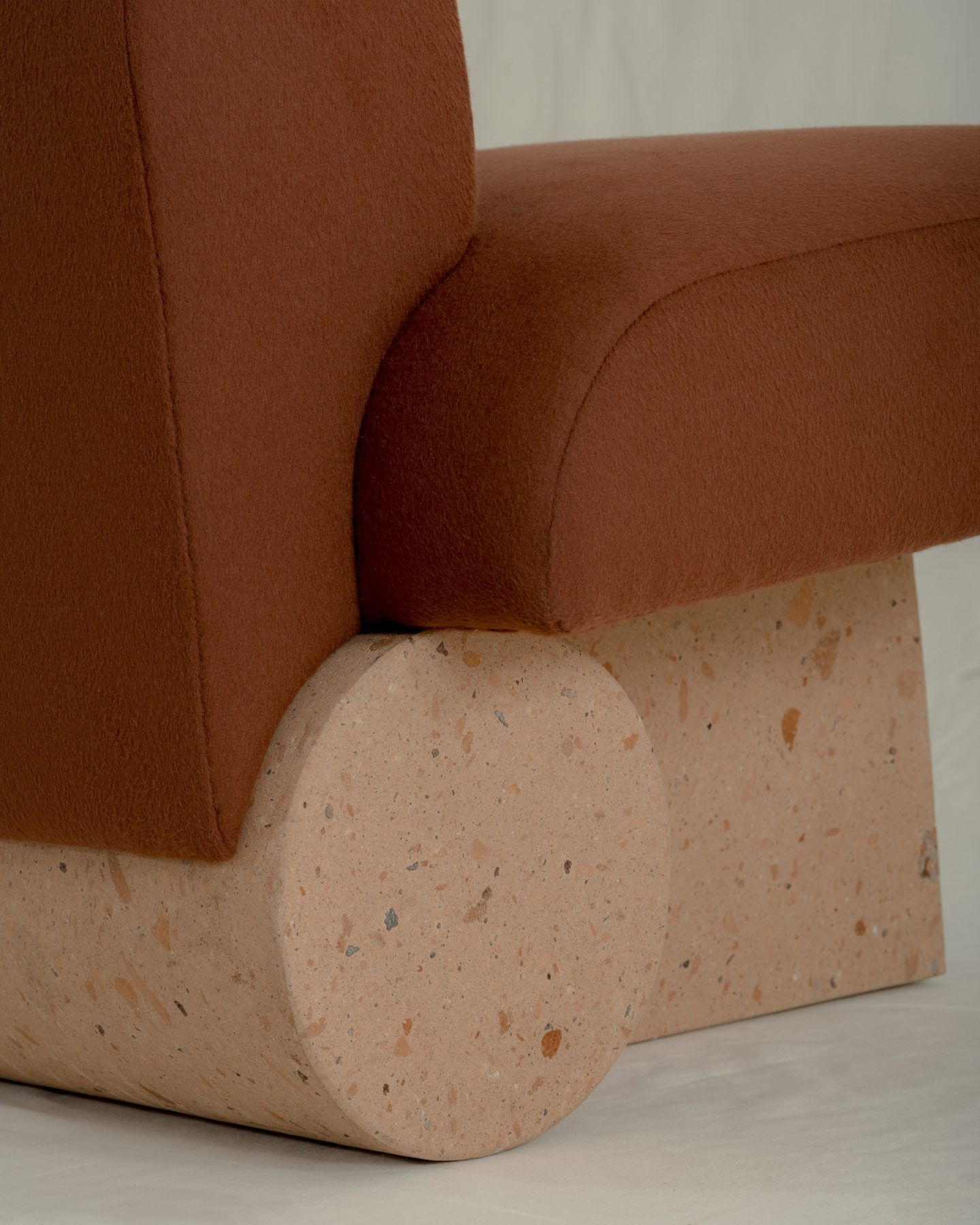 IGNANT-Design-Ian-Felton-Kosa-12