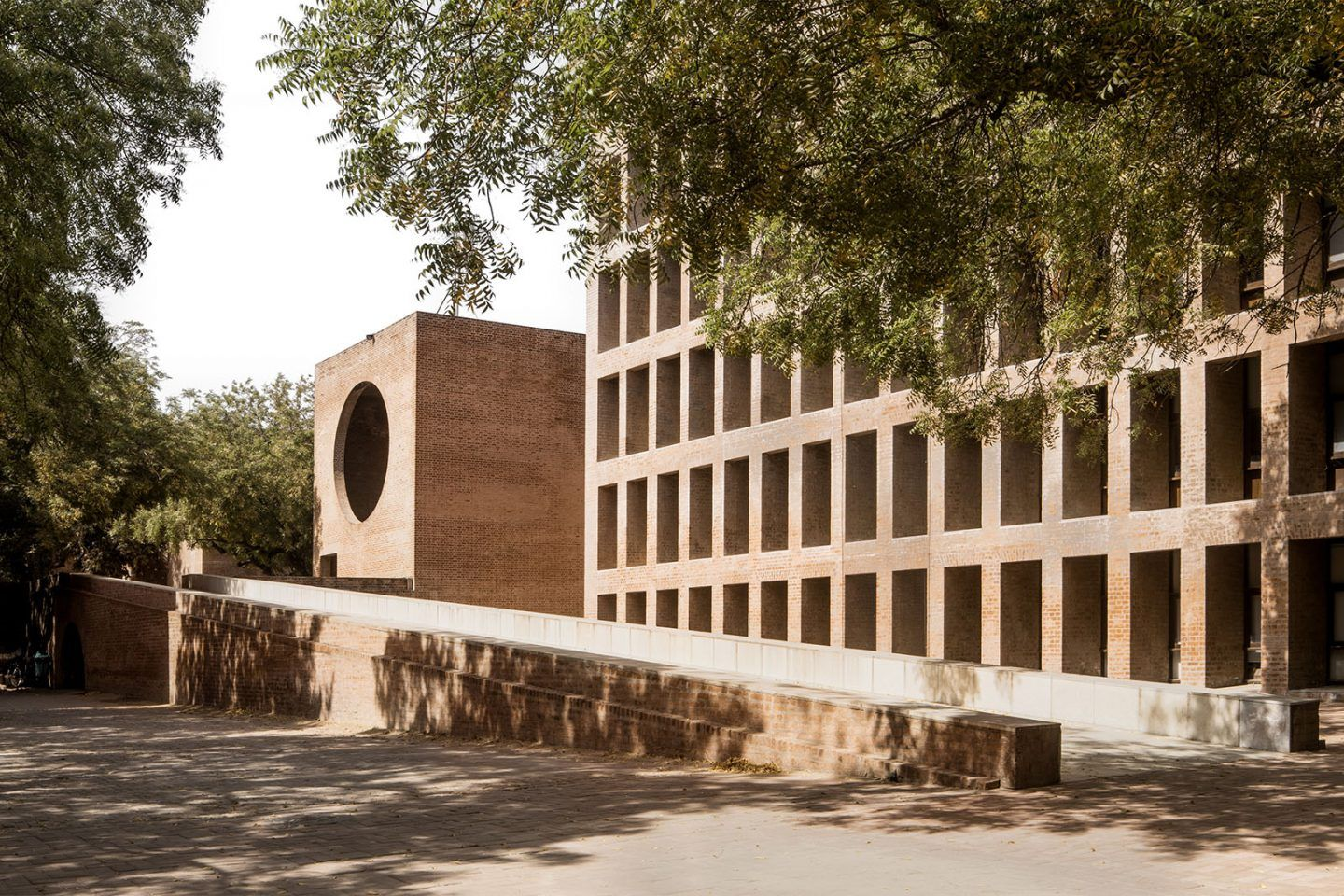 IGNANT-Photography-Louis-Kahn-Jeroen-Verrecht-Indian-Institute-Management-Ahmedabad-01