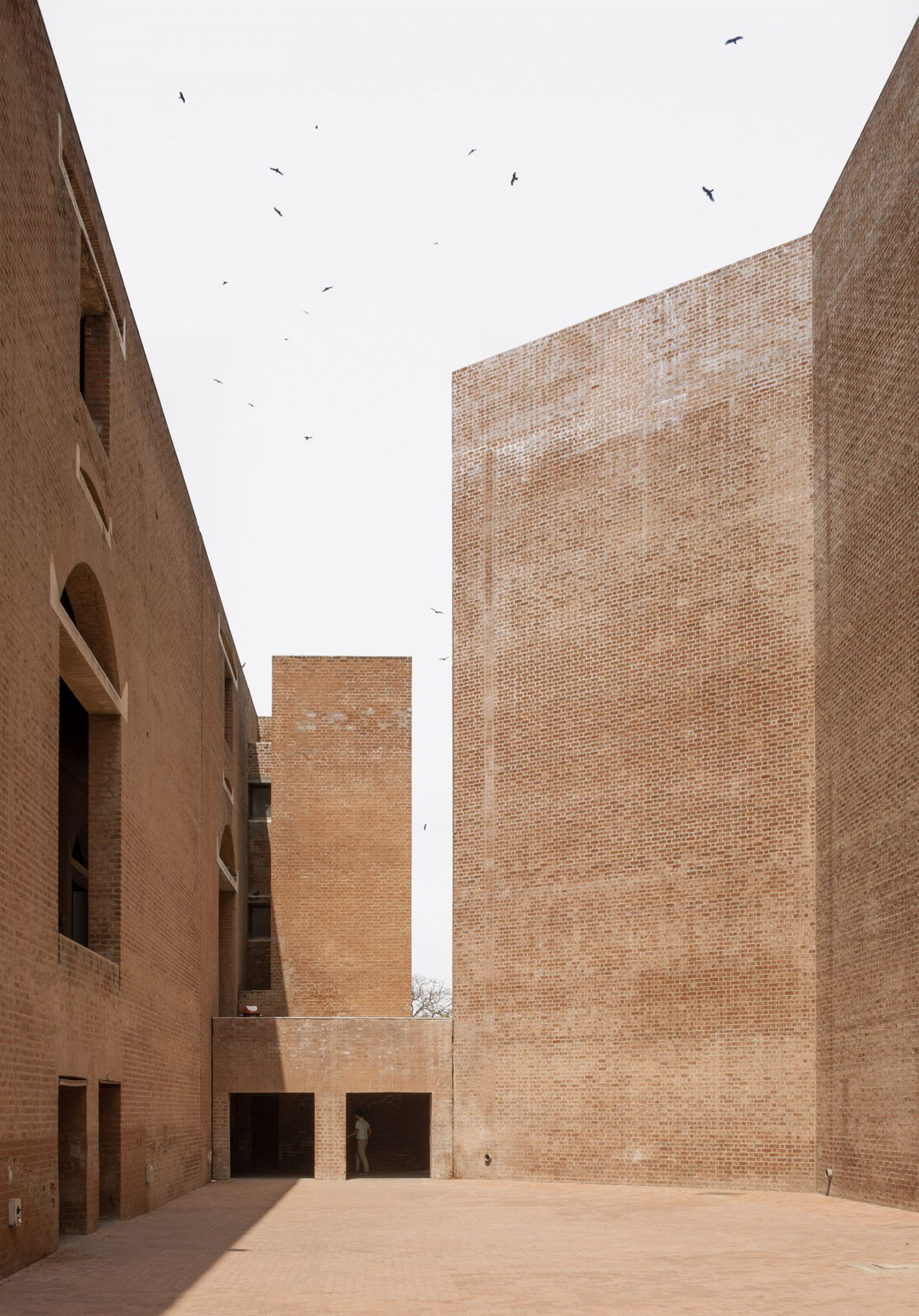IGNANT-Photography-Louis-Kahn-Jeroen-Verrecht-Indian-Institute-Management-Ahmedabad-05