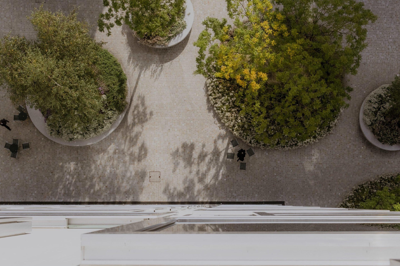 IGNANT-zurich-swizerland-placid-hotel-Franz-Gruenewald-10