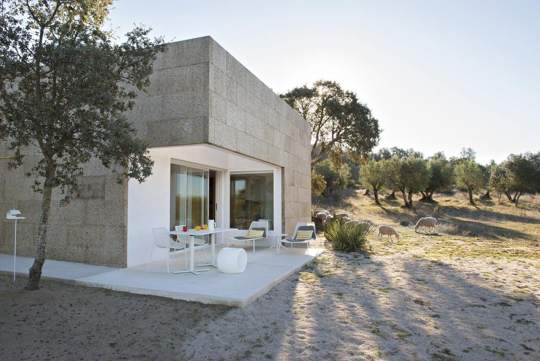 IGNANT-Architecture-Alepo-Vora-Villa-Extramuros-015
