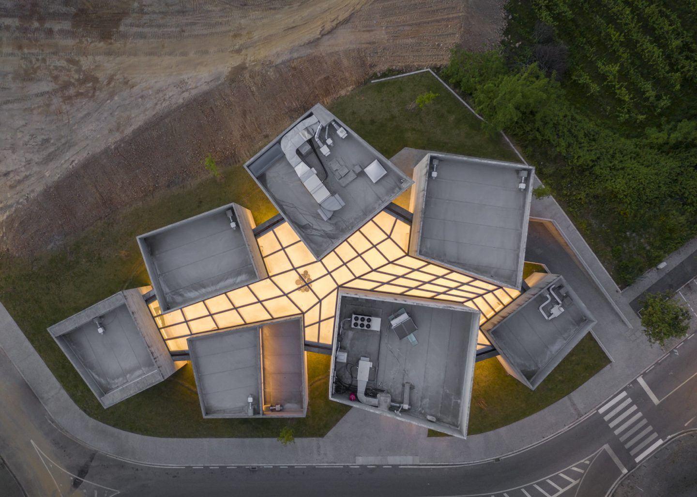 IGNANT-Architecture-Spaceworkers-Interpretation-Centre-Of-Romanesque-01