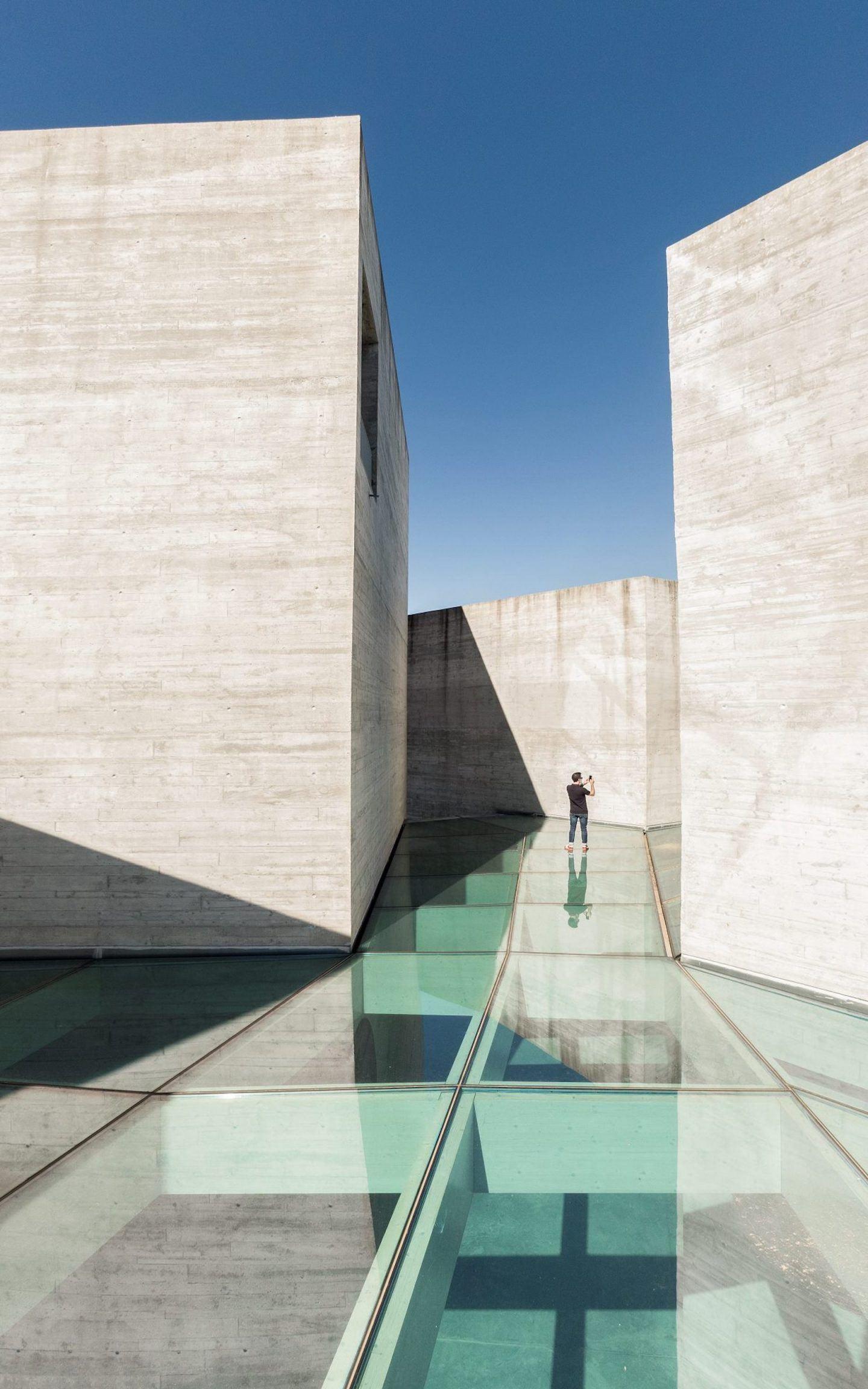 IGNANT-Architecture-Spaceworkers-Interpretation-Centre-Of-Romanesque-09