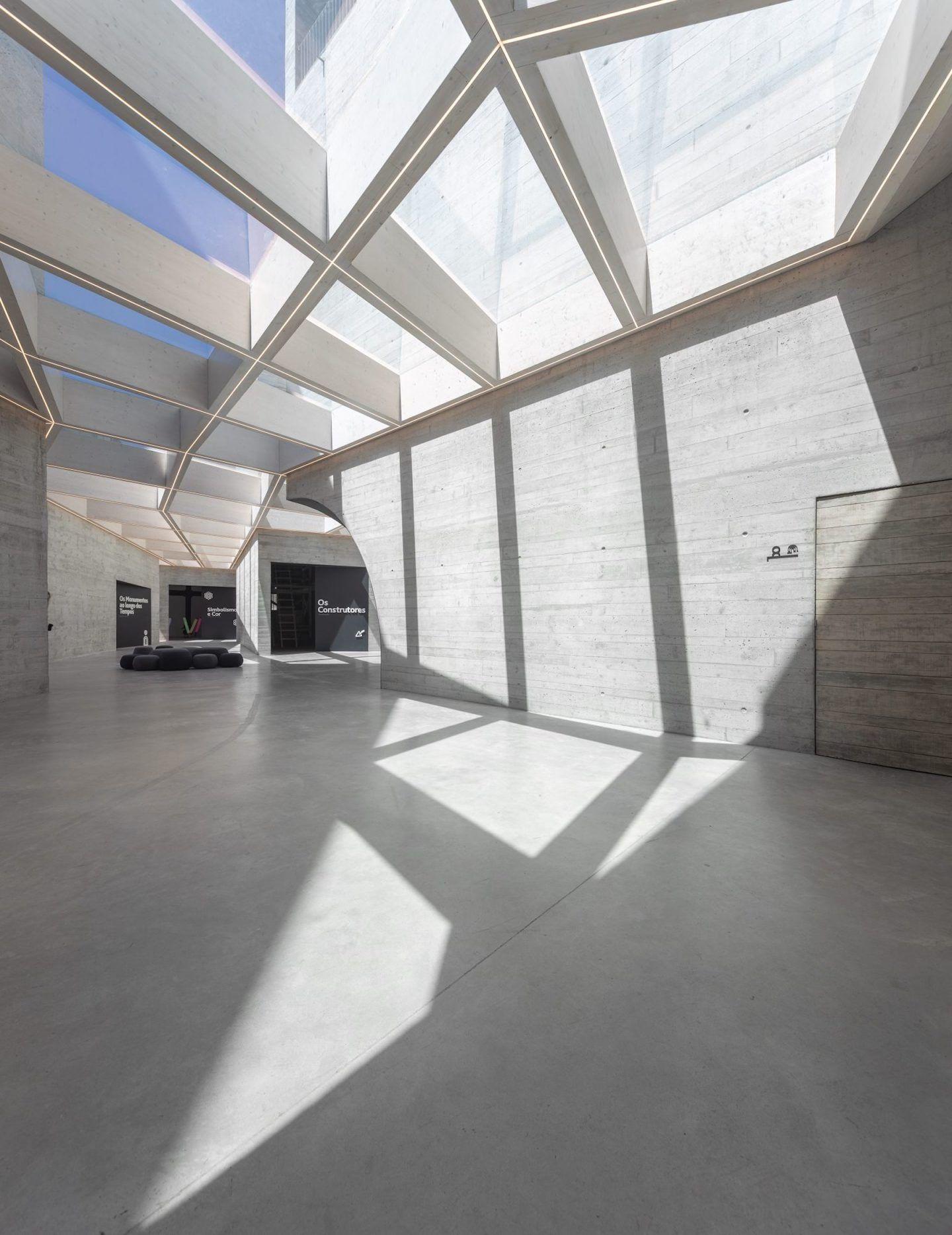 IGNANT-Architecture-Spaceworkers-Interpretation-Centre-Of-Romanesque-10