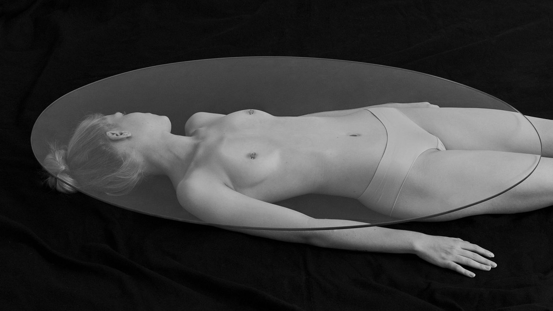 Human furniture N°798
