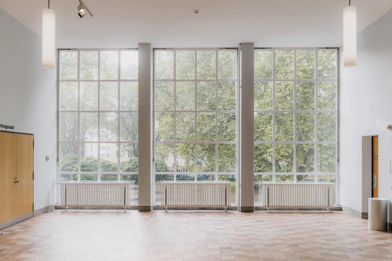 IGNANT-zurich-swizerland-MUSEUM-FÜR-GESTALTUNG-Franz-Gruenewald-121