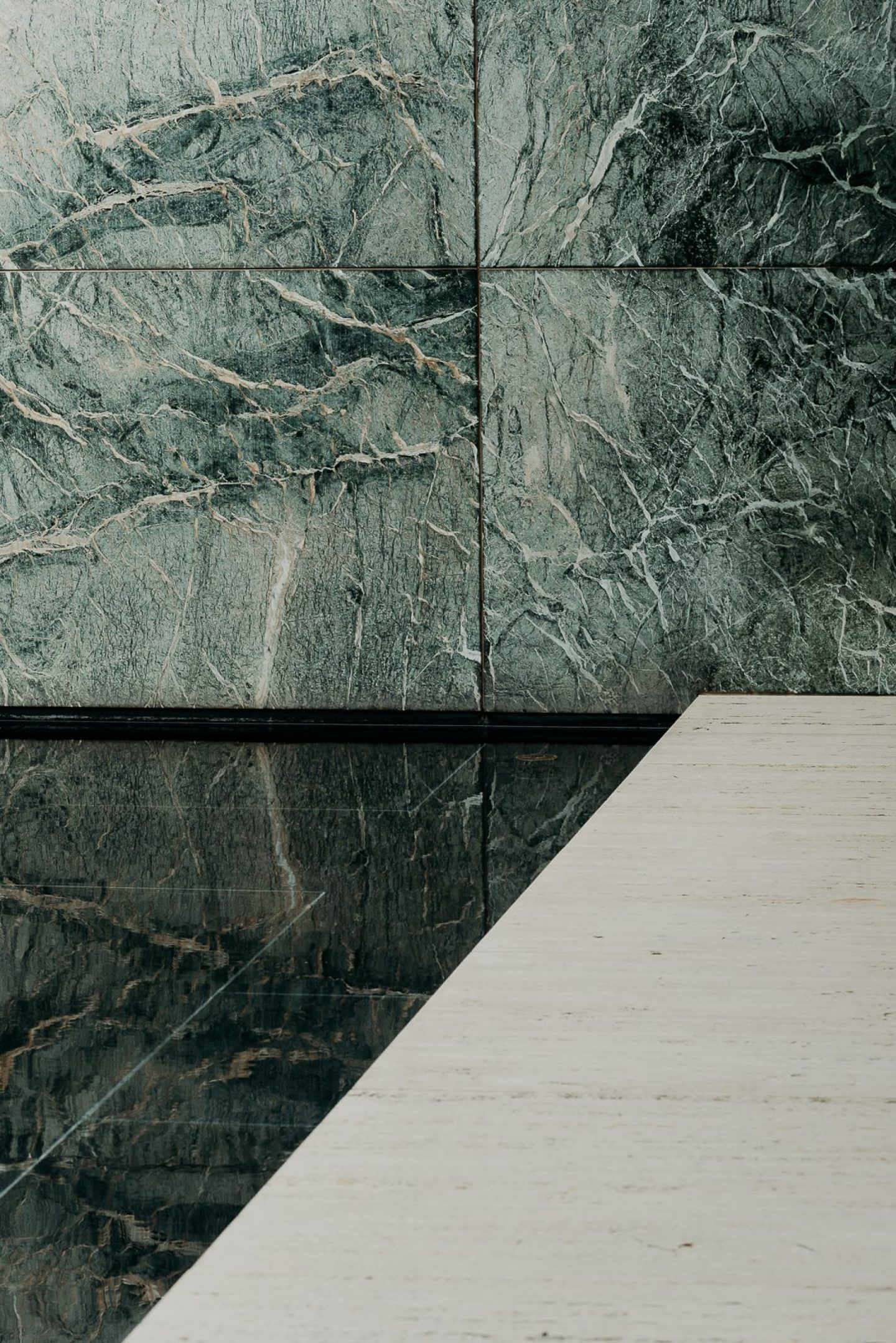 IGNANT-Architecture-Barcelona-Pavilion-Ludwig-Mies-Van-Der-Rohe-Maciej-Jezyk-013