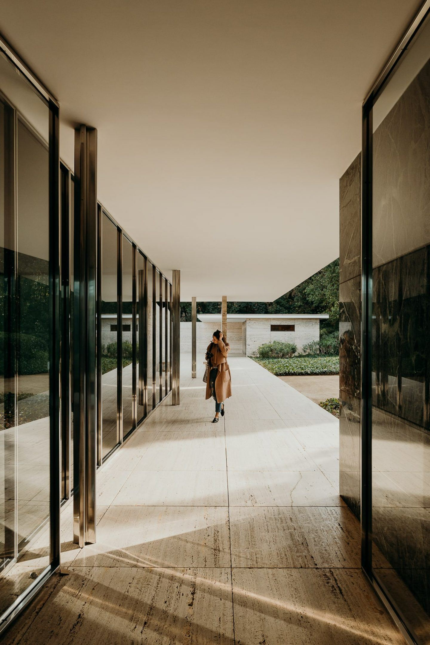 IGNANT-Architecture-Barcelona-Pavilion-Ludwig-Mies-Van-Der-Rohe-Maciej-Jezyk-017