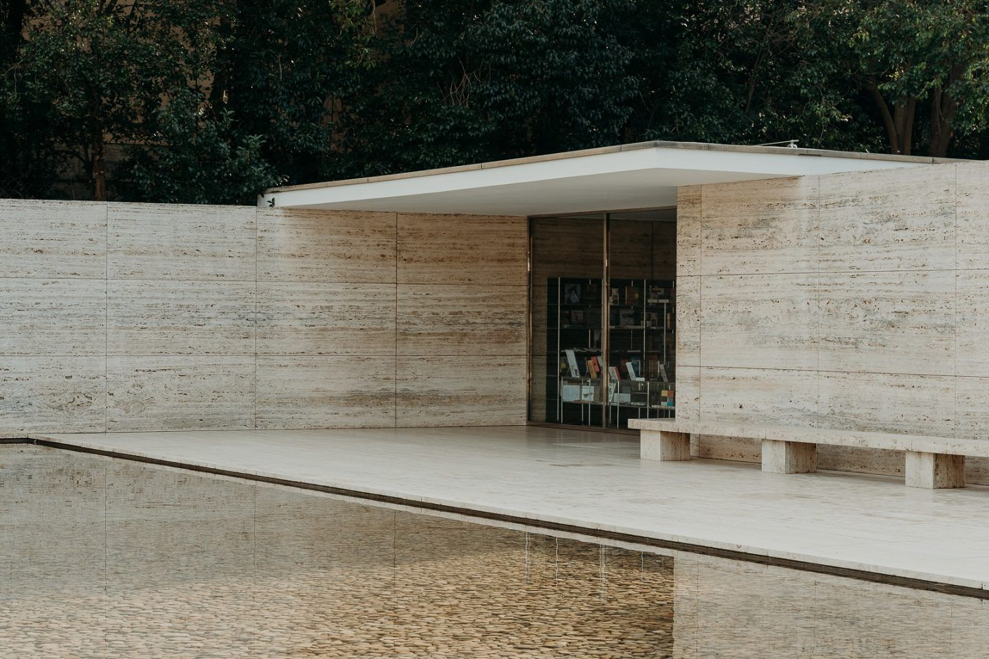IGNANT-Architecture-Barcelona-Pavilion-Ludwig-Mies-Van-Der-Rohe-Maciej-Jezyk-04
