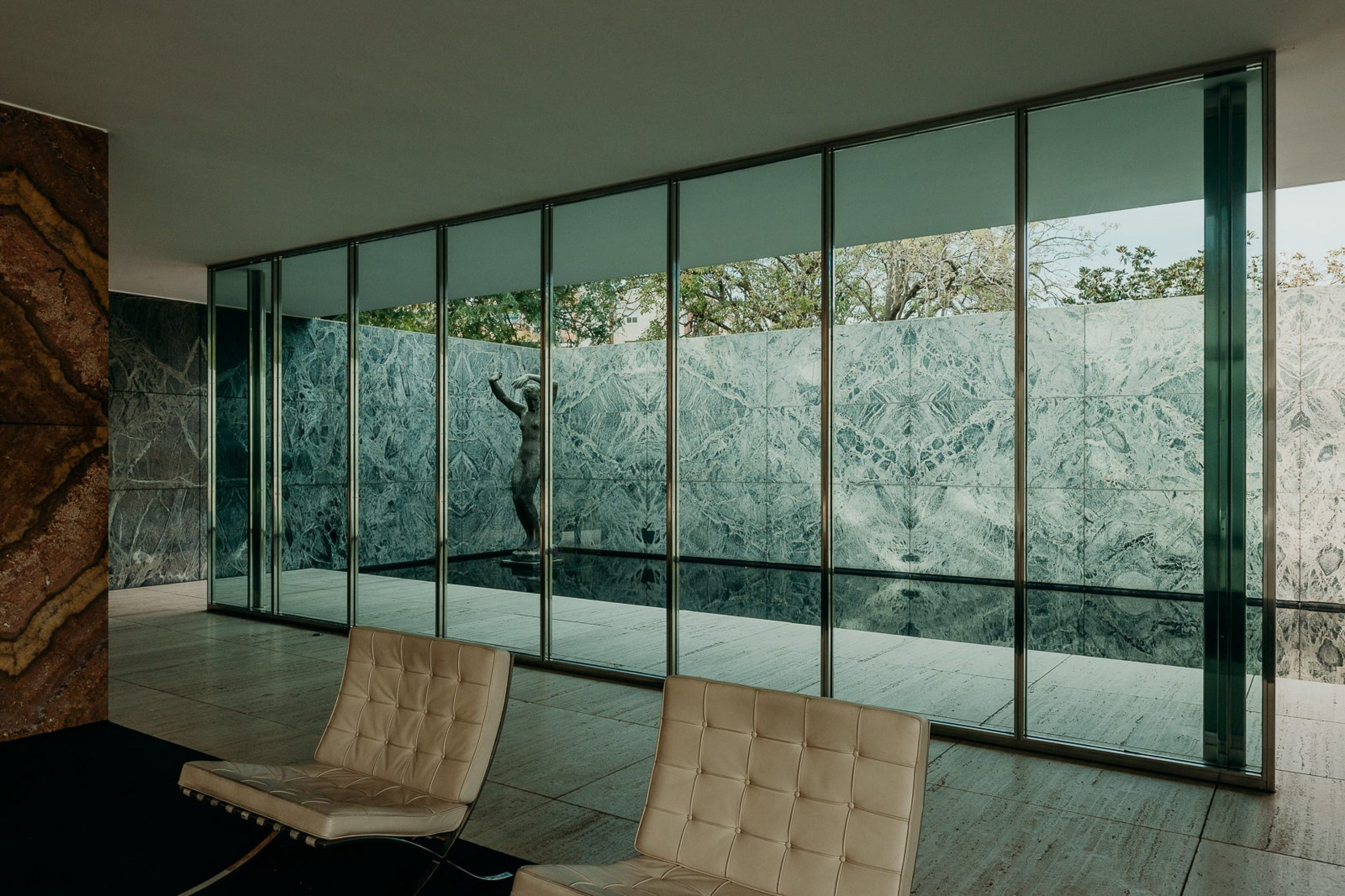 IGNANT-Architecture-Barcelona-Pavilion-Ludwig-Mies-Van-Der-Rohe-Maciej-Jezyk-08