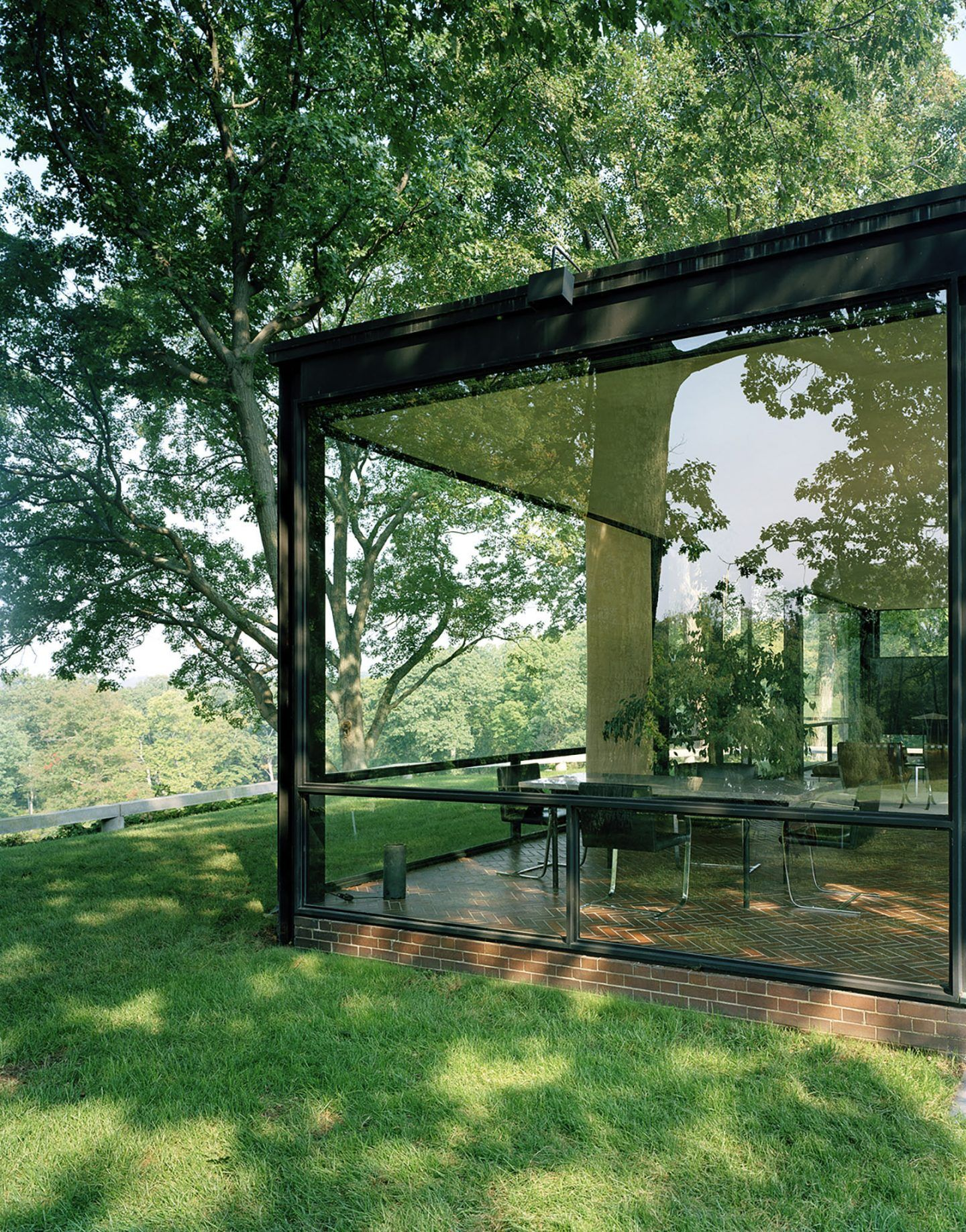 IGNANT-Architecture-Eirik-Johnson-Glasshouse-02