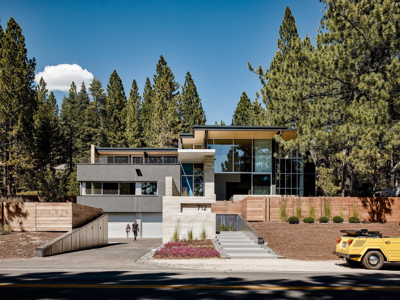 IGNANT-Architecture-Faulkner-Architects-Burnt-Cedar-01