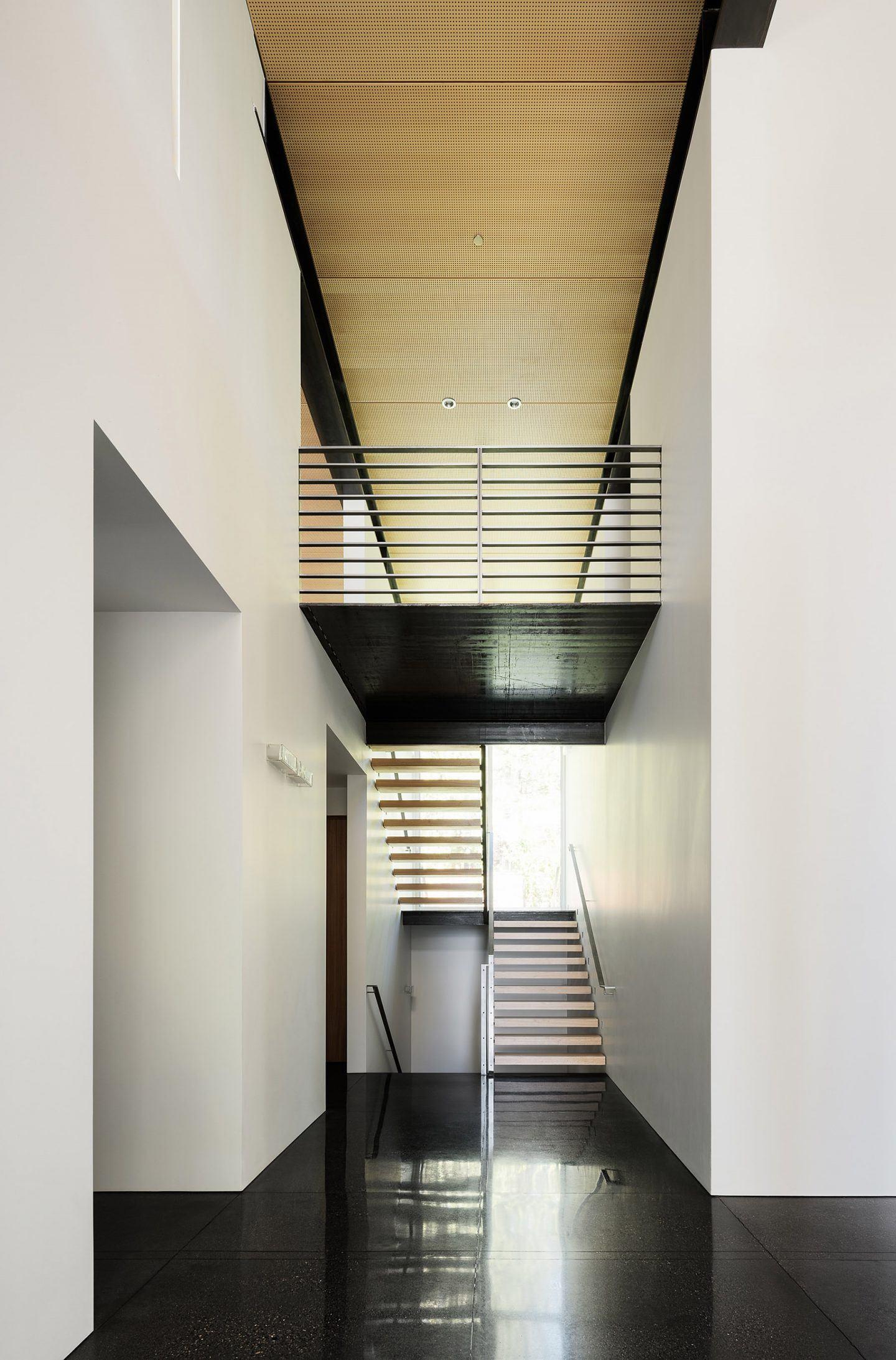 IGNANT-Architecture-Faulkner-Architects-Burnt-Cedar-02
