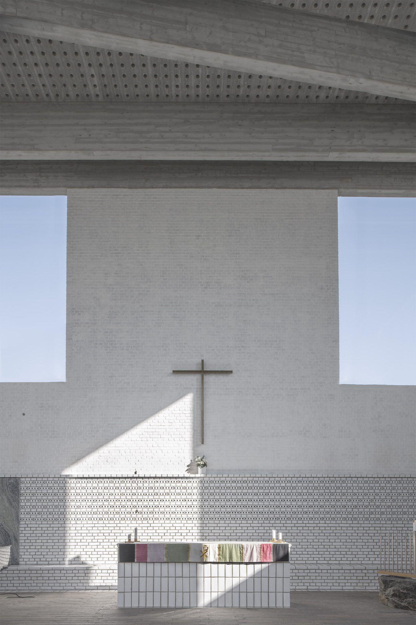 IGNANT-Architecture-Johan-Celsing-Arkitektkontor-Arsta-Church-18