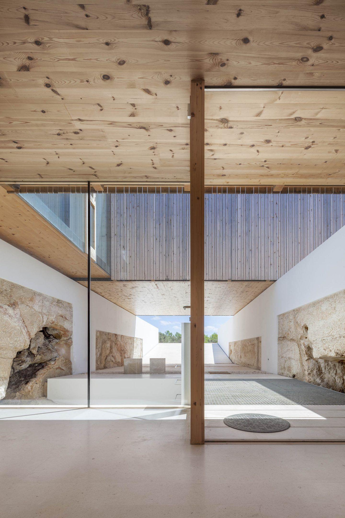 IGNANT-Architecture-Marià-Castelló-Martínez-Bosc-d'en-Pep-Ferrer-013