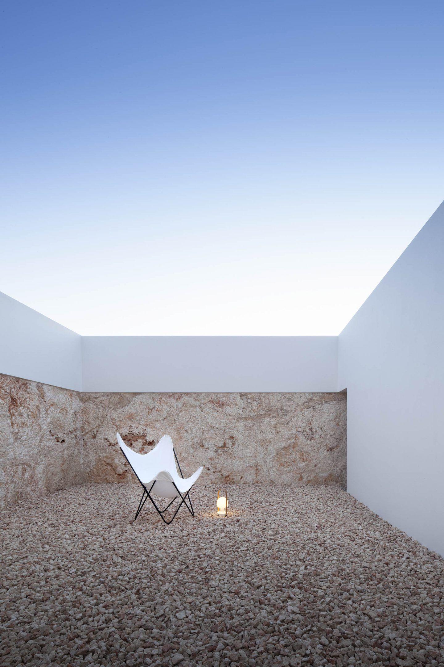 IGNANT-Architecture-Marià-Castelló-Martínez-Bosc-d'en-Pep-Ferrer-015