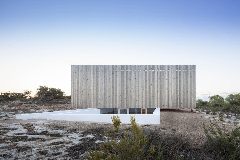 IGNANT-Architecture-Marià-Castelló-Martínez-Bosc-d'en-Pep-Ferrer-06