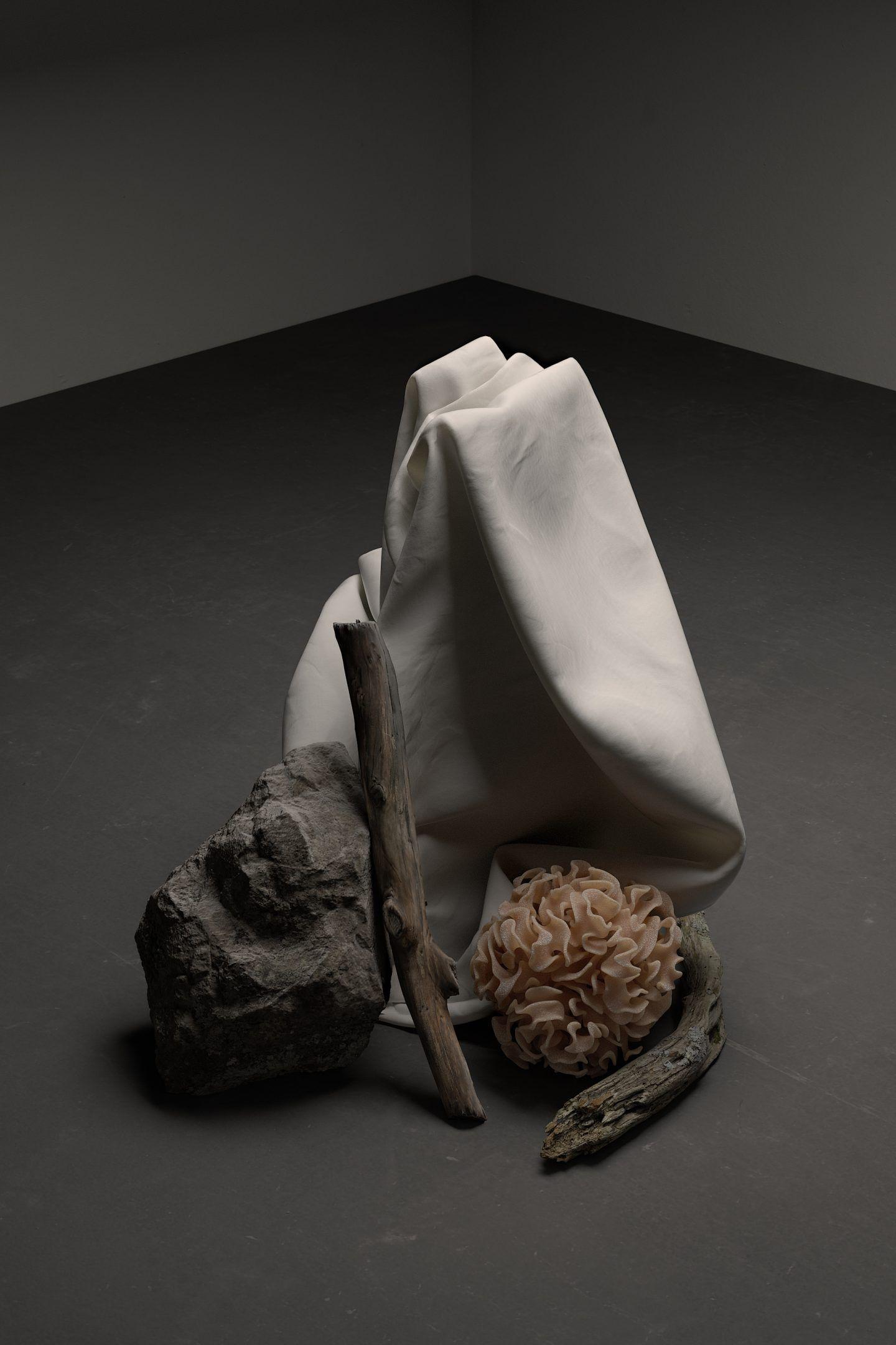 IGNANT-Art-Digital-Taupe-Chiaroscuro-1