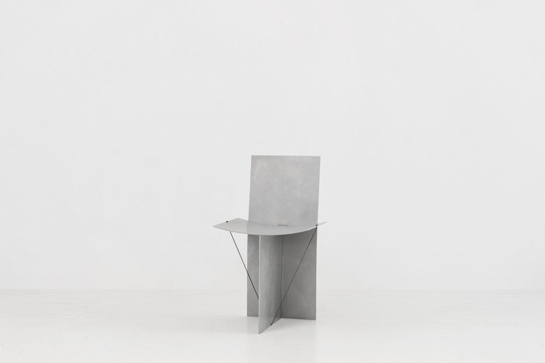 IGNANT-Design-Guglielmo-Poletti-Equilibrium-Chair-01