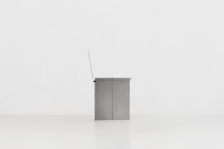 IGNANT-Design-Guglielmo-Poletti-Equilibrium-Chair-03